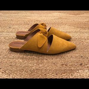 Jeffery Campbell yellow mules. Size 9 euc